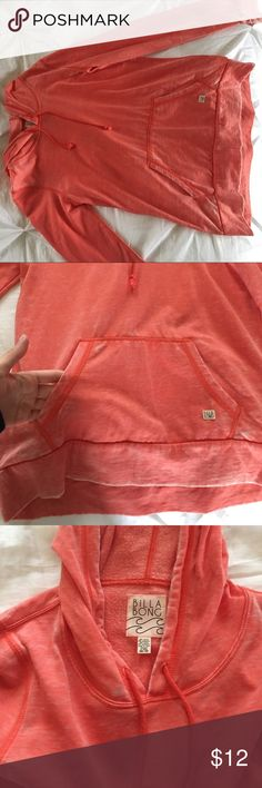 BillaBong sweatshirt Coral colored sweatshirt that has only been worn a couple of times! Light material that's perfect for fall and spring time! Billabong Tops Sweatshirts & Hoodies