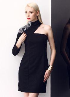 Stil Aşkı: Kırmızılı Siyahlı Elbise Markafoni'de 119,99 TL yerine 59,99 TL! Satın almak için: http://www.markafoni.com/product/5505632/ #elbise #moda #dress #girl #fashion #red #black