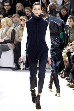 Céline - Fall 2010 Ready-to-Wear - Dating all the way back to 2010, I think this is a perfect example of the timelessness that surrounds the Celine brand. This look is still extremely current and wearable.