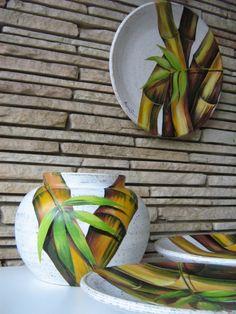 Ceramic Plates, Porcelain Ceramics, Ceramic Pottery, Decorative Plates, One Stroke Painting, Diy Painting, Painting On Wood, Magical Paintings, Romantic Flowers