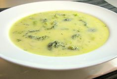 BROCCOLI AND SHARP CHEDDAR SOUP - So good. It looked kind of thin, so I blended it up (I don't like big chunks of veggies in my soup anyway) and that made it just the right texture. I also did broccoli and cauliflower. How To Cook Broccoli, Broccoli Recipes, Cooking Broccoli, Broccoli Cheese Soup, Broccoli Cheddar, Frozen Broccoli, Vegetarian Recipes, Cooking Recipes, Crockpot Recipes