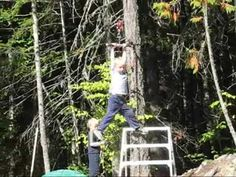 Simple Backyard Zipline Don't use this method for high elevations or long distances. Otherwise, it's great fun for kids. Zip Line Backyard, Backyard Zipline, Backyard Pergola, Backyard For Kids, Bbq Party Games, Backyard Furniture, Fence Landscaping, Backyard Garden Design, Patio Ideas