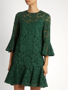 Fluted sleeve and hem cotton-blend lace dress Silk Slip, Green Fashion, Pattern Fashion, Green Dress, Blouse Designs, Lace Dress, Look, Valentino, Tunic Tops