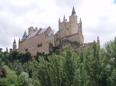 The Alcázar of Segovia (literally, Segovia Castle) is a stone fortification, located in the old city of Segovia, Spain. Description from forum.philboxing.com. I searched for this on bing.com/images