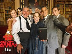 See George Clooney's Selfie on the Set of Downton Abbey http://www.people.com/article/george-clooney-downton-abbey-selfie