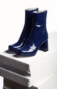 09c0faff4bbe Amélie Pichard Nancy Patent Blue Boots. Chaussure
