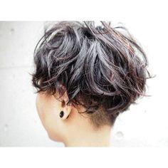 刈り上げ×パーマ すなわち刈りパー✂  明日はお休みいただいてます💨 #ショートヘア#パーマ#shorthair#permanentwave#crafthairdressers#hair#hairstyle#ヘアスタイル