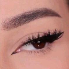 Gothic Eye Makeup, Edgy Makeup, Makeup Eye Looks, Eye Makeup Art, No Eyeliner Makeup, Cute Makeup, Makeup Inspo, Pretty Makeup, Makeup Inspiration