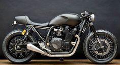 """Yamaha XJR1300 ; 🏍🤘🏽🏍…"""""""