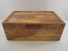 Men's Valet Box With Phone Charging, Arizona Ash - by Blackie_ @ LumberJocks.com ~ woodworking community