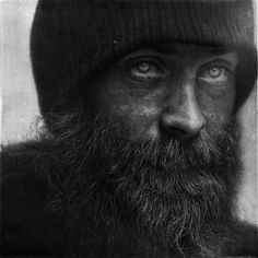 Photographer Lee Jeffries has shown that it's possible by taking very expressive portraits of people. But not just any kind of people; all of his models are homeless men, women and children that he has met in Europe and the United States. Lee Jeffries, Homeless People, Homeless Man, Moustaches, Apocalypse, Regard Intense, James Nachtwey, Black And White Portraits, Interesting Faces