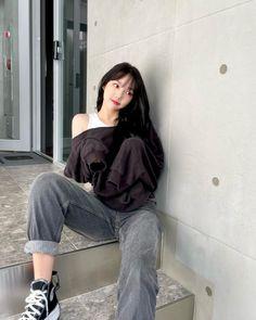 South Korean Girls, Korean Girl Groups, Gfriend Album, G Friend, Korean Artist, Wow Products, Hypebeast, Korean Singer, Ulzzang