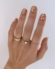 Essie, Shiny Nails, Gold Nails, Nails Inc, August Nails, Gold Nail Designs, Nails Design, Nails Polish, Minimalist Nails