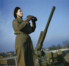 Amazing vintage photos provide a vivid snapshot of working life for brave British women during World War Two | Mail Online