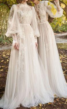 Elegant beach wedding dresses boho chic bride Elegant Wedding Dress Boho Chic Bridal G Boho Chic Wedding Dress, Elegant Wedding Dress, Boho Dress, Wedding Gowns, Wedding Beach, Dress Lace, Tulle Gown, Chic Dress, Trendy Wedding