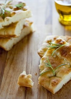 Genoa City Sightseeing, the specialities of the region: the focaccia, in several versions, the farinata, discover more