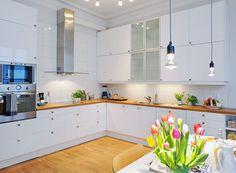 Белые кухни: 80 фото дизайна реальных гарнитуров в интерьере, глянцевые и матовые