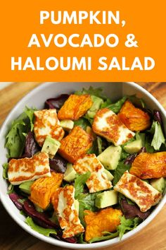 Gone are the days of bland and boring salads! This pumpkin, halloumi and avocado salad makes for a perfect weeknight dinner - minimal effort, maximum taste.