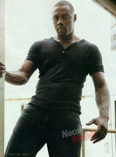 Edris Elba so so sexy Idris Elba Body, Idris Elba Wife, Idris Elba Avengers, Gorgeous Men, Black Is Beautiful, Beautiful People, Beautiful Celebrities, Idris Elba Movies, Edris Elba