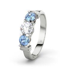 Diamant ring  - Ring met Diamant en Blauwe TopaasRing met Diamant en Blauwe Topaas (Witgoud 585)  Andrea