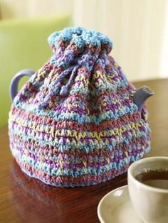 Tea Cozy - I hope this fits my larger pots.  I knitted a cozy that fits my smaller pots but needed a larger size.  Didn't want to have to adapt the pattern myself. :-D