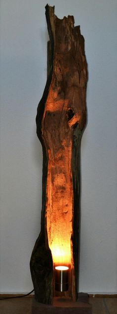 Details zu Holz Lampe Art Deco Mazda Stehleuchte Klassiker 1930 Stehlampe Standleuchte Glas - Patrick Mariano - Welcome to the World of Decor! Driftwood Lamp, Driftwood Crafts, Wood Lamps, Rustic Lamps, Mediterranean Floor Lamps, Country Lamps, Lampe Art Deco, Creation Deco, Log Furniture