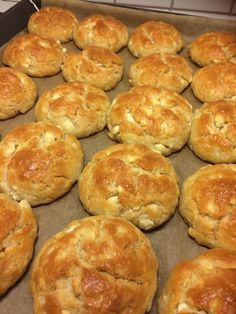 Greek Pita, Cheese Pies, Greek Recipes, Crackers, Food And Drink, Snacks, Breakfast, Party, Desserts