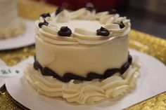 Stop in today for one of our beautiful cakes for your fur babies special day. #allentown #lehighvalley #pets #healthypets #dogs http://ift.tt/2bFBEbi