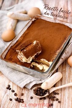 The original tiramisu recipe! - We love this quick homemade tiramisu recipe that is easy to prepare and that everyone will love! Homemade Tiramisu, Homemade Desserts, Tiramisu Dessert, Tiramisu Brownies, Cake Recipes, Dessert Recipes, Delicious Desserts, Yummy Food, Food Stamps