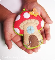 Crafters Boutique: Free Pattern of The Month - Mushroom Cottage Ornament - Crafts Crafts Crafts Easy Felt Crafts, Felt Diy, Handmade Felt, Crafts For Kids, Clay Crafts, Simple Crafts, Handmade Dolls, Summer Crafts, Easter Crafts