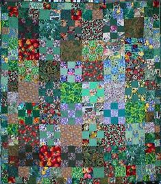 Kaffe Fassett quilt by johnnie Strip Quilts, Scrappy Quilts, Quilt Blocks, Hexagon Quilt, Square Quilt, Quilting Projects, Quilting Designs, Quilting Ideas, Watercolor Quilt