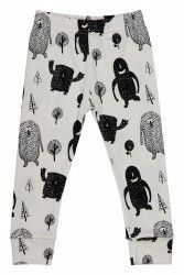Made from cotton, the Monster Squad Leggings feature a monochromatic forest monster print contrasting on a white background. This playful style by Tobias & The Bear features narrowed cuffs and an elastic waist to keep your little one cool and comfortable. Newborn Baby Gifts, New Baby Gifts, Tobias, Cute Outfits For Kids, Baby Boy Outfits, Monster Squad, Boys Clothes Style, Little Boy Blue, Baby Leggings