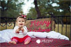 Christmas Family Pictures. San Antonio, Tx YelloNest Photography