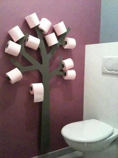 Toilet paper tree for kids bathroom. Lol they'd have the bathroom looking like it was Halloween all year I can picture toilet paper streamers everywhere! Toilet Paper Trees, Toilet Paper Holder Tree, Toilet Paper Humor, Toilet Paper Storage, Deco Originale, Home Projects, Wooden Projects, Home Improvement, Sweet Home