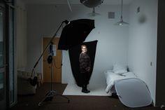 How to work with artificial light Minimalist Photography, Light Photography, Studio Lighting Setups, Natural Light Photographer, Scene Image, Strobing