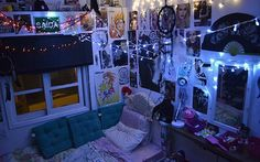 Important Solutions To Grunge Bedroom 172 Awesome Bedrooms, Cool Rooms, Small Rooms, Room Ideas Bedroom, Bedroom Decor, Master Bedroom, Girls Bedroom, Emo Room, Punk Room