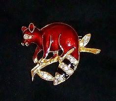 1253~Vtg Goldtone Red Guilloche Enamel Rhinestone Figural Rocky Raccoon Brooch**