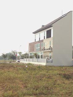 Biệt thự tứ lập khu G dự án biệt thự ven sông Vĩnh Bình Quận Thủ Đức đã hoàn thành đón xuân Ất Mùi, kính chúc quý khách năm mới tấn tài tấn lộ, gia đình an Khang và Thịnh Vượng. Giá chỉ từ 14,5tr/m2, thanh toán 24 tháng không lãi suất, chiết khấu lên đến 7%. Chương trình cam kết lợi nhuận cho khách đầu tư tối thiểu 20% sau 24 tháng ký HĐ  http://www.canhobietthu.com/du-an/du-an-dat-nen/50-dat-nen-biet-thu-arista-villas-thu-duc