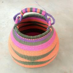 Ladies gift / Straw Ghana Basket/ Bolga market baskets/ African bolga market basket/Beautiful woven baskets decor/women basket/ Woven Baskets, Baskets On Wall, Basket Weaving, Winter Bedroom Decor, Handmade Market, African Necklace, Market Baskets, Basket Decoration, Hats For Men
