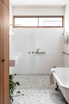 A Crafted Family Home Northcote Residence By Melanie Beynon Architecture & Interior Design Northcote Vic Australia Image 06 Bathroom Interior Design, Interior Decorating, Interior Livingroom, Interior Paint, Bad Inspiration, Interior Inspiration, Small Bathroom Inspiration, Garden Inspiration, Interior Ideas