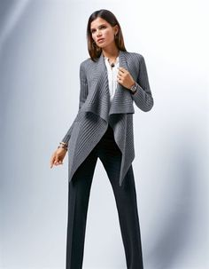 Cardigan. Pure new wool in color grey melange - sizes 8/10/12/14/16/18/20 in Madeleine Mode Onlineshop