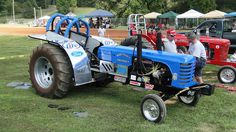 Antique Farm Tractor Pull | PAPA 4th Annual Antique Tractor and Truck Pull | Flickr - Photo ...