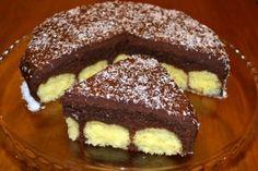 475593 Romanian Desserts, Romanian Food, Cake Recipes, Dessert Recipes, Christmas Sweets, Food Cakes, Healthy Sweets, Cream Cake, Diy Food