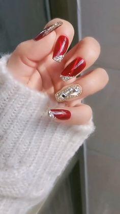 Chistmas Nails, Holiday Nails, Black Acrylic Nails, Matte Nails, Red Glitter, Glitter Nails, Wow Nails, Cute Ear Piercings, Bff Gifts