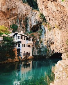 Blagaj Tekija is a gorgeous little monastery clinging to the base of a cliff in Blagaj, a Bosnian town outside Mostar. Easy Day, Bosnia And Herzegovina, 15th Century, Day Trip, Gopro, Cool Pictures, Exotic, Beautiful Places, Exterior