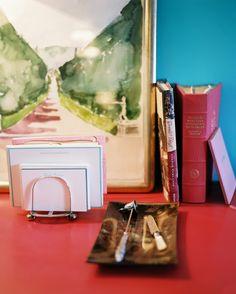 Lonny Magazine Dec 2010 | Photography by Patrick Cline; Interior Design by Angéle Parlange