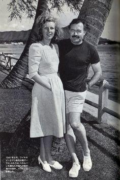 Hemingway & Jack Pursel (sneakers) of Waikiki American Casual Fashin… American Casual, Ernest Hemingway, Documentaries, Peplum Dress, Fashion Ideas, Royalty, Take That, Couple Photos, Celebrities