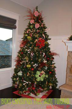 Piece N Quilt - Boxy Christmas Tree Skirt Tutorial by Natalia Bonner & Kathleen Whiting #christmas