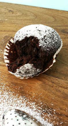 Muccasbronza: Muffin light con farina integrale al cacao e zucchero di canna