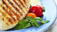 Tequila Lime Chicken Breasts from Total Nutrition Tequila Lime Chicken Recipe, Best Grilled Chicken Recipe, Chicken Recipes, Charlevoix, Diet Recipes, Healthy Recipes, Cooking Recipes, Fat Burning Diet, Dukan Diet